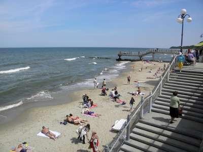 Пляж и набережная в Светлогорске