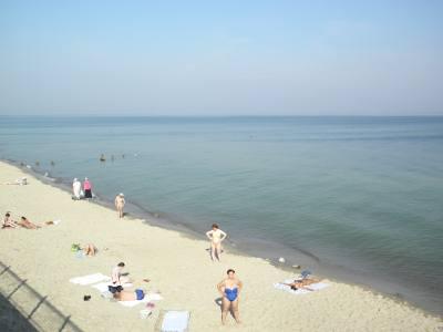 Песчаный пляж на Балтийском море в Зеленоградске